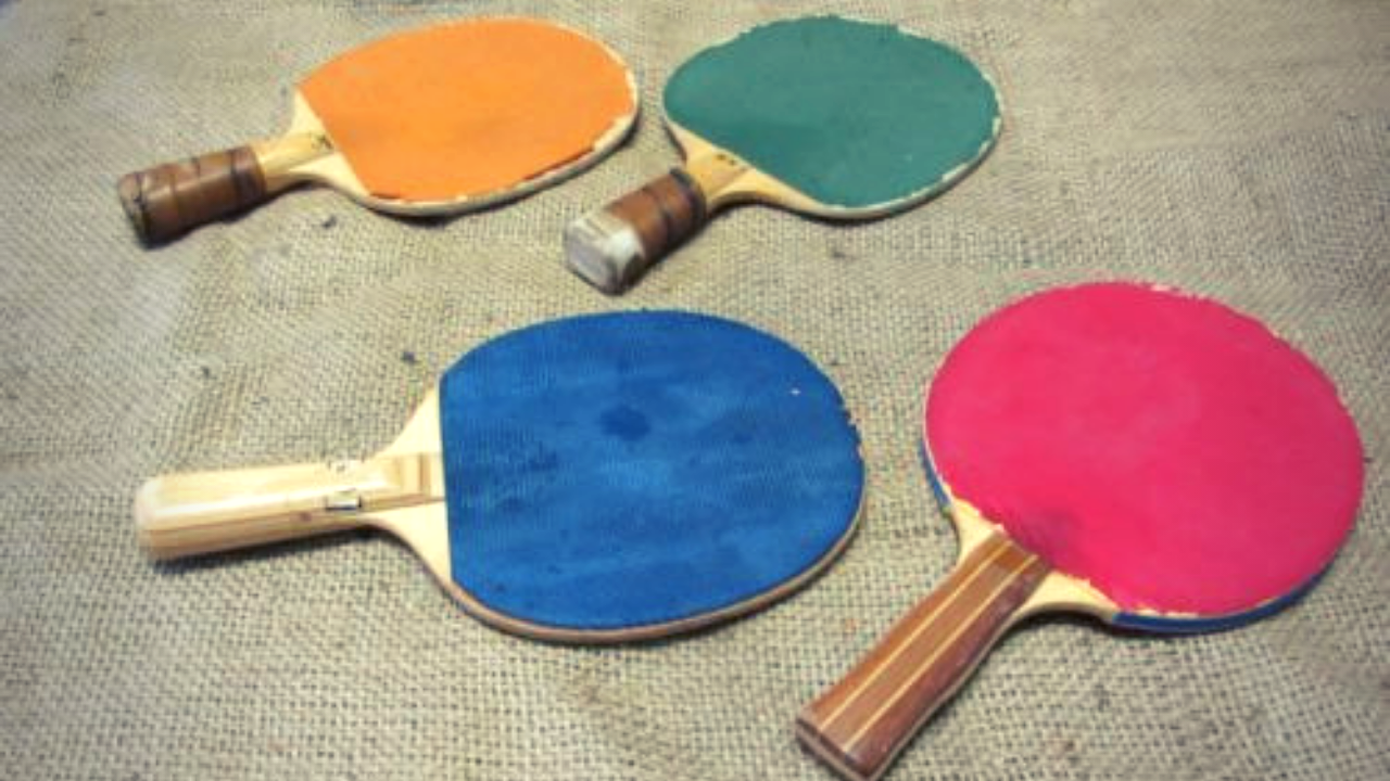 how to clean ping pong paddle